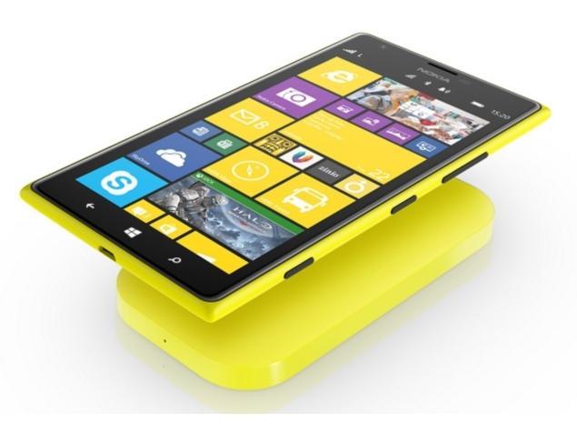 1022201314344PM_635_nokia-Lumia-1520